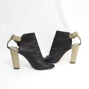 VINCE Black Taupe Leather Heels Italy  9